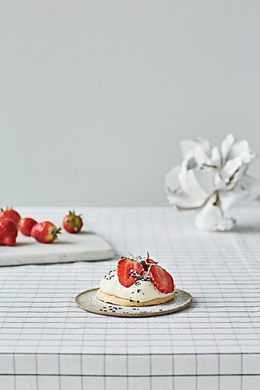 Aline-food-fraises_9864©Laetizia-Bazzoni